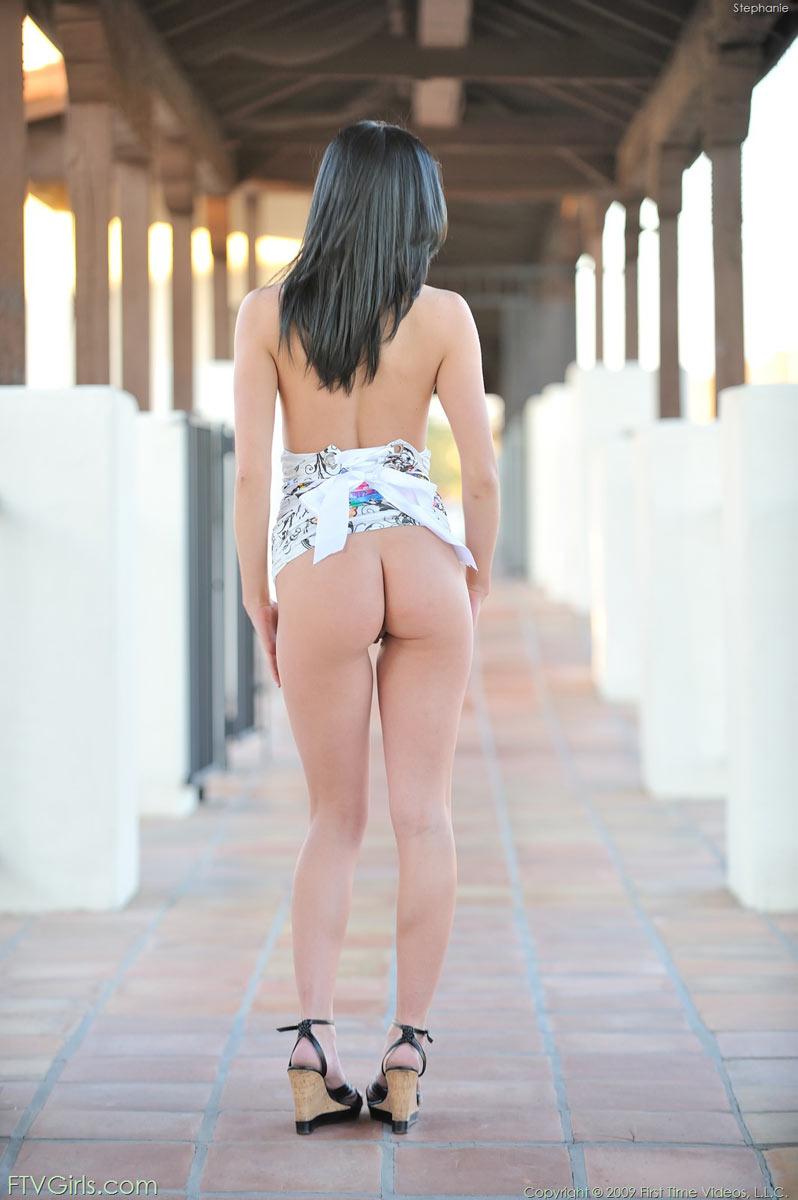 tattooed thick girls naked